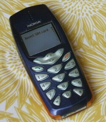 Nokia 3510i Vintage Mobile Phone With Original Charger