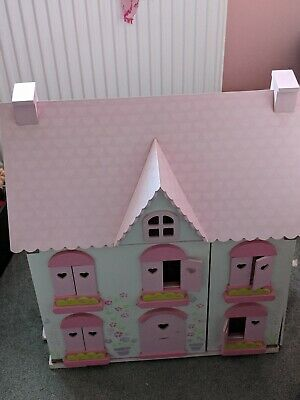 Pink Girls Dolls House