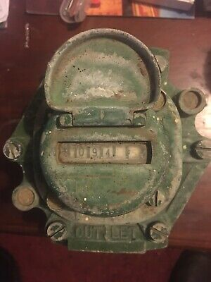Vintage Water Meter 1950's Solid Brass Good Cond,hard To Find .1 1/2, Inch.