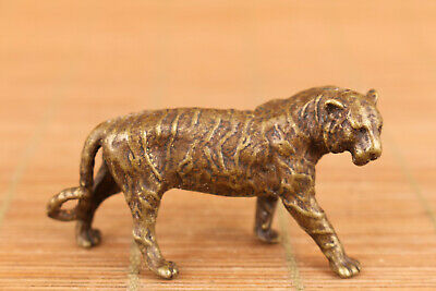 Rare Chinese old bronze hand casting tiger figure statue Tea pet home deco