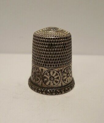 Vintage-Antique-Simons Brothers-Rosettes & Circles-Sterling-Thimble-Size 10