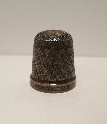 Vintage-Antique-Made in England-Daisy Design-Sterling Silver-Thimble-Size 14