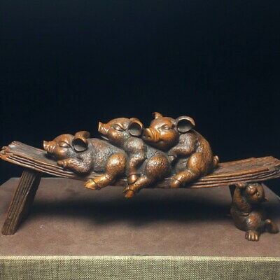 Decoration Handwork Boxwood Carving Pigs Sitting Together Exquisite Statue