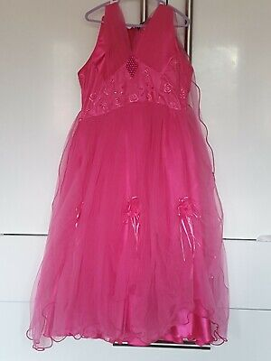 Pink Puffy Party Dress For Girls Age 9-10 hardly been worn no mark or fault