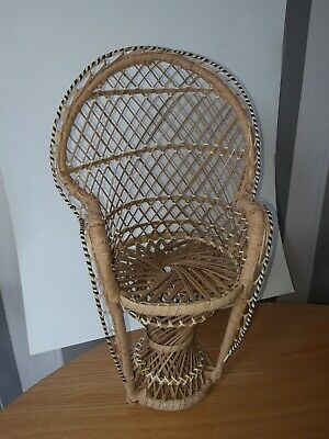 """Small Vintage Wicker Peacock Chair For Dolls Or Teddies -40cm..15"""".."""