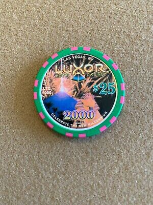 $25 Luxor - Awesome Picture Chip! Hard To Find! Look! Top Condition! Mint!!