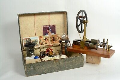 Early electric motor in experimental box and very rare machine after Stöhrer