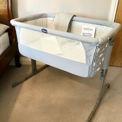 Chicco next to me crib grey RP £179 Excellent Cond Inc Fit Sheets/Matt protector
