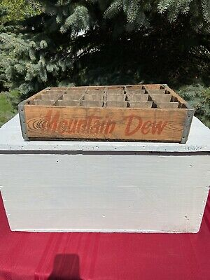 Mountain Dew Hillbilly Original Soda Crate 1974