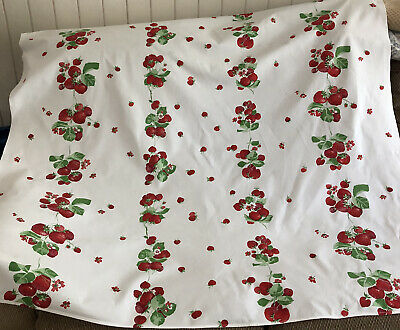 "Vintage White Cotton Tablecloth With Strawberries 55"" x 52"""
