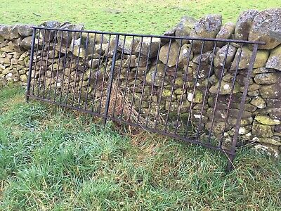Cast Iron Fence Panels 270cm Long, 114cm High x2 Garden Border Barrier