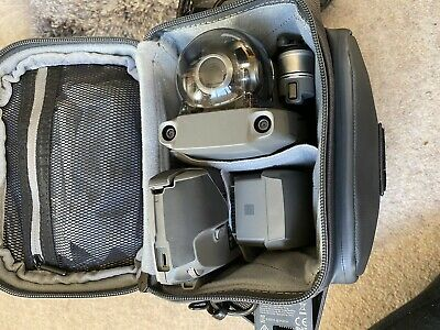 DJI Mavic 2 Zoom drone with Fly More kit - Hardly Used, Great Condition