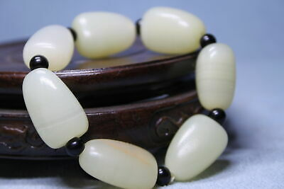 Exquisite Agate Polishing White Triangle Bead Auspicious Beautiful Hand Catenary