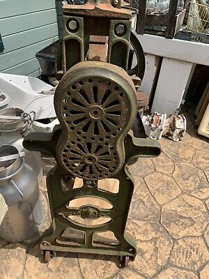 VIntage Cast Iron Mangle GARDEN FEATUTRE/PRINTING PRESS