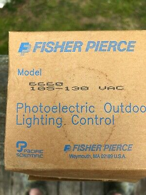 Fisher Pierce Model 6660 Photoelectric Outdoor Lighting Control 105-130V