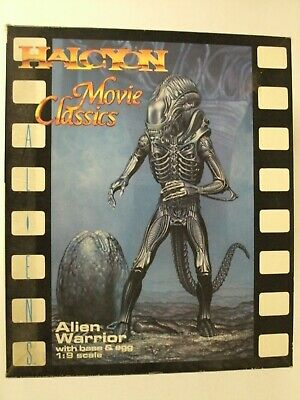 Halcyon Alien Warrior with Base & Egg Movie Classics 1:9 Scale Model Kit