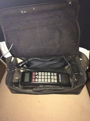 Vintage Rare Motorola Brick / Carry / Mobile /Cell Phone Type SCN2462A