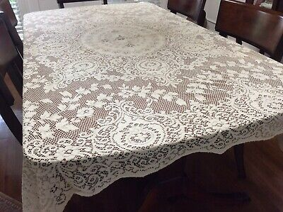 Vintage Cream Lace Tablecloth Floral Scalloped Edges Picot Loops 66 x 78 Wedding
