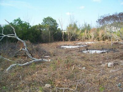 Building land for sale mins from white sand beach Bahamas