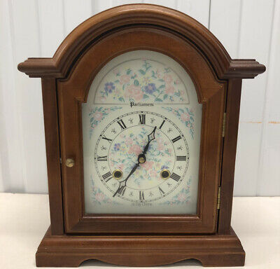 Parliament 31 Day Wood Mantle Chime Clock With Key Made In Korea Fine.