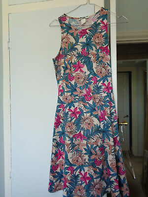 ladies, girls H&M dress size S pink flowers, green cream