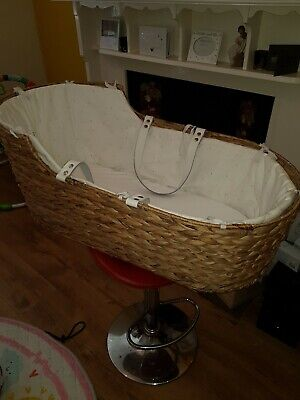 Mothercare Baby Sleeping Moses Basket Bed Crib Wicker.