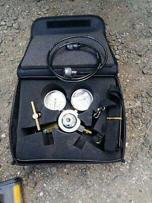 Gas Regulator With Carry Case
