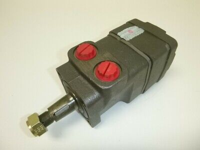 New White Drive Products Hydraulic Motor, Tapered Shaft, SAE 4 Bolt Mounting,