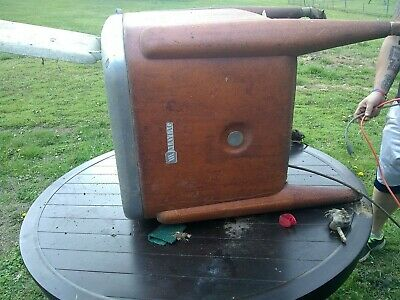 "VINTAGE MAYTAG ""WRINGER"" WASHING MACHINE, works without the wranglers"
