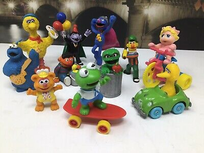 (11) ~Lot of Sesame Street Muppets PVC Figures Toys~Cake Toppers