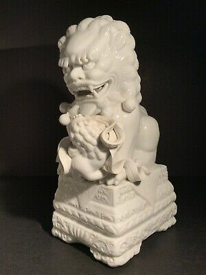 Chinese Dehua Porcelain Foo Dog.