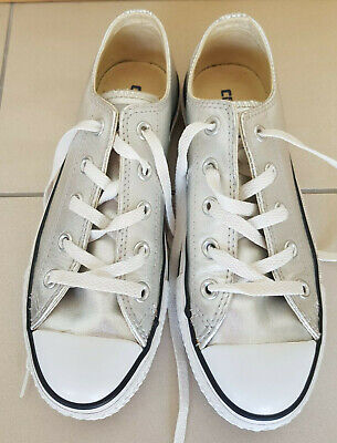 Ladies/Girls Converse Silver Leather All star Trainers  size 4