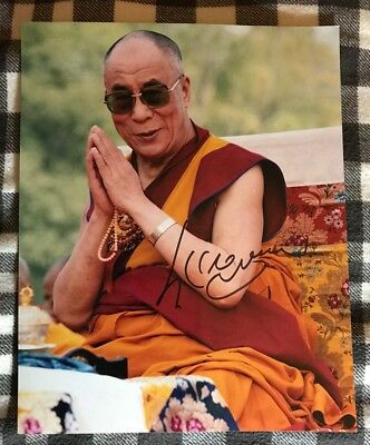 Dalai Lama Signed 8 X 10 Photo Autographed