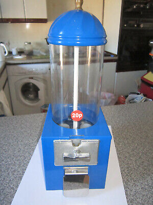 20p coin operated sweet vending machine with lock and key