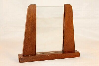 Vintage C.1930s Art Deco Stylish Oak Photo Frame with Glass comes in VGC