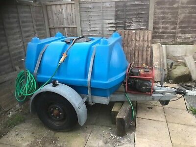 Towable 1000 litre Water Bowser with petrol pump