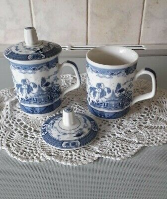 MJ Ceramics Vintage Pair of Oriental Blue / White Tea Cups with Lids