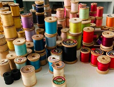 VINTAGE WOODEN SPOOLS LARGE LOT of 135 Sewing Thread Beldings Corticelli Silks