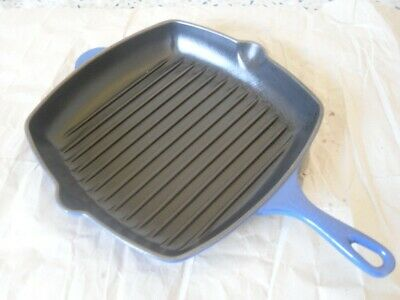 LE CREUSET CAST IRON 26mm BLUE,SQUARE GRIDDLE PAN EXCELLENT HARDLY USED COND'TN.