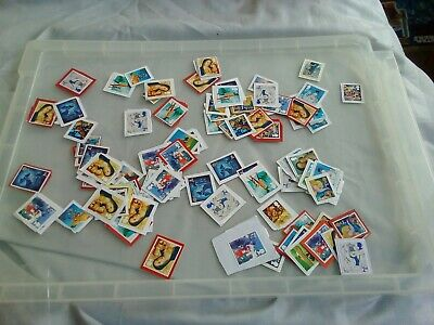 100 2nd class Christmas themed unfranked stamps on paper  lot 6