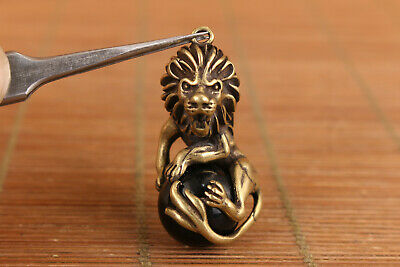 Chinese old bronze hand carved leo lion statue figure collectable pendant