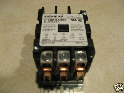 Siemens Contactor # 42BF35AJBEE  3 Pole 24VAC COIL New