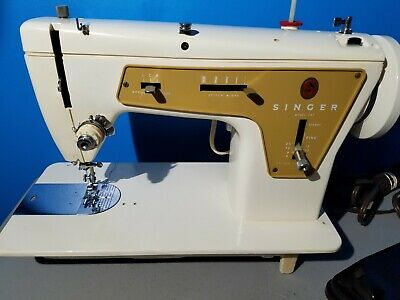 Vintage Singer Model 237 Fashion Mate Sewing Machine W/ Pedal Works Great!!