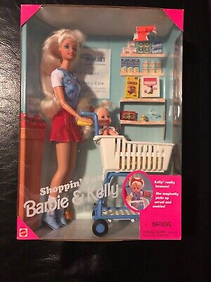 Vintage Mattel 1995 Shoppin' Fun Barbie and Kelly Playset #15756. NRFB