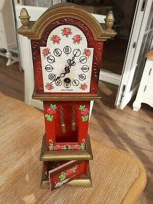 Vintage Wind Up Clock And Key