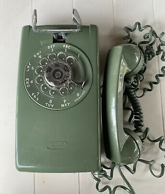 VINTAGE WESTERN ELECTRIC BELL SYSTEM WALL ROTARY DIAL PHONE, Avocado Green