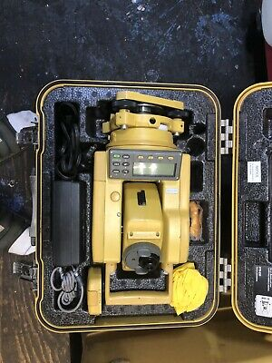 Topcon GTS-211D Total Station Transit With Battery, Charger and Case