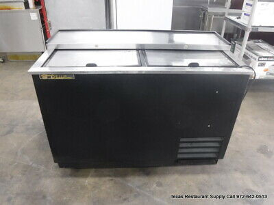 "True TD-50-18 50"" Deep Horizontal Bar Bottle Cooler On Casters slide lid"