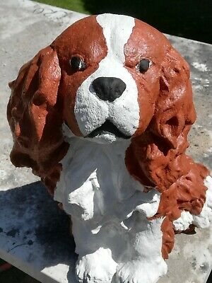 LARGE HAND PAINTED CONCRETE GARDEN ORNAMENT,KING CHARLES SPANIEL.HEIGHT 33CM..