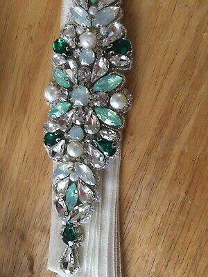 Gorgeous Opal/ Green/clear Crystal Beaded ✨Diamante Belt Organza Ivory